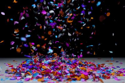 Konfetti!!!! Glückwunsch – ans Frohlinder Team und an den glücklichen Gewinner!